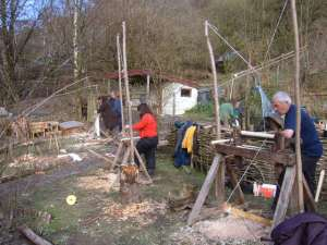 Pole lathe action